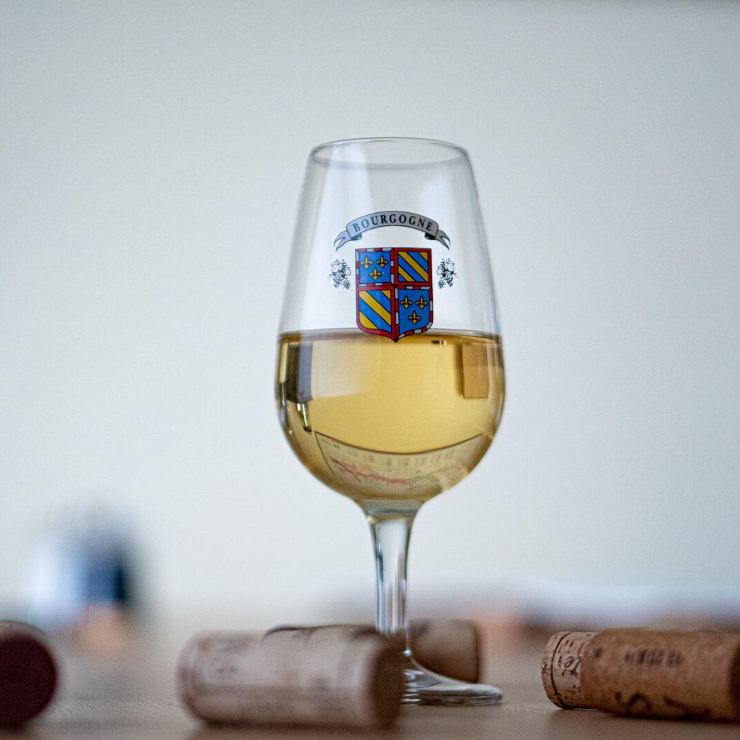 Verre marqué logo Bourgogne